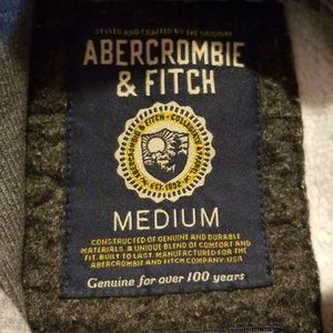 Abercrombie & Fitch Shirts - Abercrombie Hooded Seeatshirt M